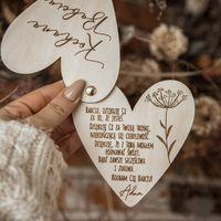 Serca otwierane dla Babci, Dziadka oraz Dziadków z pięknymi życzeniami , możliwość własnych życzeń! ♡  Zamówienia przyjmujemy do 17.01 z gwarancją dostawy przed tym wielkim dniem ♡  #babcia #dziadek #babciaidziadek #wnuczka #wnuczek #rekodzielo #dzuenbabci #dziendziadka #handmade #kocham #kochambabcie #kochamdziadków #kochamdziadka #21stycznia #22stycznia