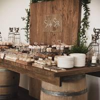 Słodki stół, obowiązkowy element każdego wesela! A na nim nasze piękne minitoppery, niedługo pojawi się więcej wzorów!   #slodkistol #słodkistół #drewnanedodatki #ksiegagosci #napislove #dekoracjesali #dekoracjesaliweselnej #dekoracjastołu #motywprzewodni #sezonslubny #slubnetrendy #słodkikącik #tortweselny #słodkie #weddingcaketopper #weddingcandybar #weddingcake #sweettable #rusticwedding #nakedweddingcake #firstweddingcake