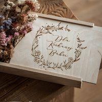 Szkatułka dla Kichanej Babci.  Idealna na zdjęcia i pamiątki.  #babcia #babciaiwnuczka #babciaidziadek #dziadek #dzienbabci #dziendziadka #miłość #szkatułka #rekodzielo #handmade #prezent