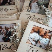 Ramki magnesy z cytatami! Idealny prezent dla najbliższych ♡  ________________________________________ #ramki #ramkinazdjecia #zdjecia #zdjeciaslubne #zdjeciawplenerze #zdjeciadzieci #zdjeciarodzinne #zdjecianatury #zdjeciazwakacji #zdjeciazpodrozy #rodzina #miłość #handmade #handmadewithlove #beauty #memories ♡
